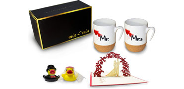 Mr & Mrs - coffee cups